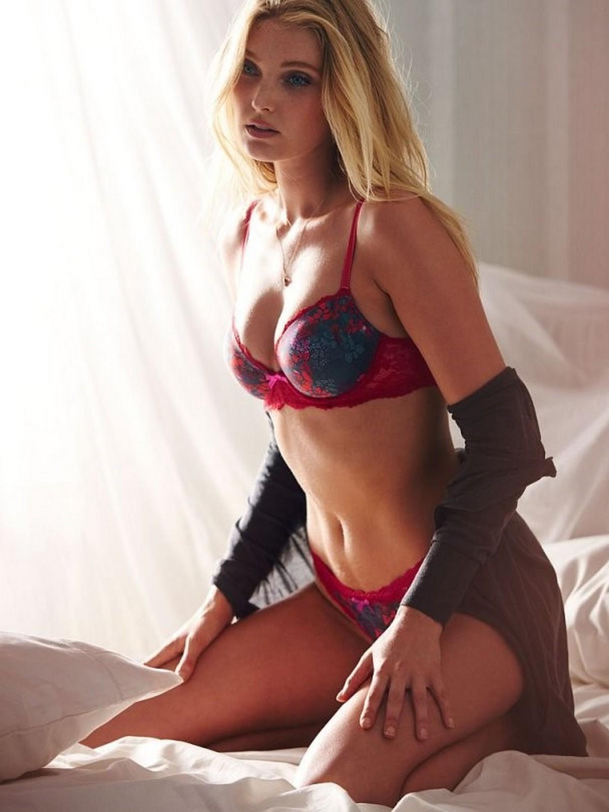 escort girl mature